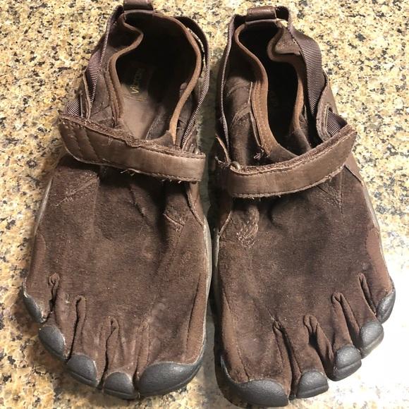 595ce07994d Vibram 5-Fingers V-Trek barefoot hiking shoes. 9M.  M 5a7a50d000450fc7d9d303eb